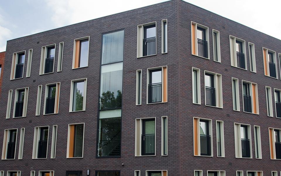 Large glazed uPVC windows for commercial application
